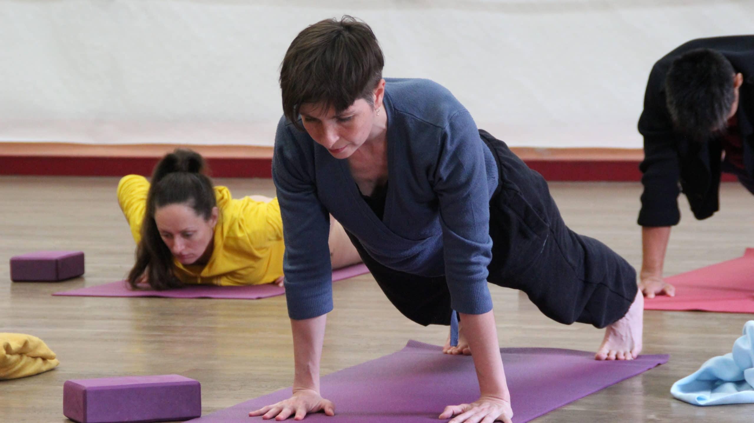 yoga planche